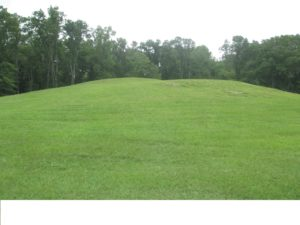 Mound_B_at_Poverty_Point_IMG_7424-sm